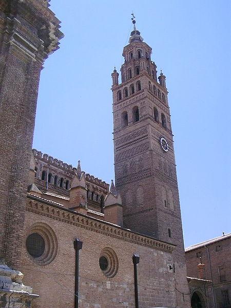 20110203193530-tarazona-torre-catedral.jpg