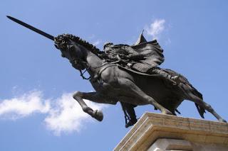 20131009132531-estatua-del-cid-campeador.jpg